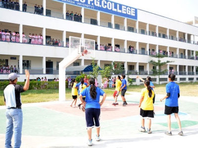 Guru-Nanak-Girls-College-31