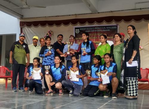 Guru-Nanak-Girls-College-11